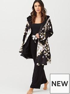 b-by-ted-baker-opal-short-printed-robe-black