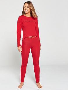 tommy-hilfiger-long-sleeve-pyjama-set-tango-red