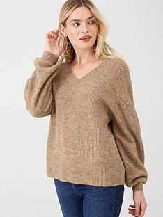 v-by-very-balloon-sleeve-knitted-jumper-camel