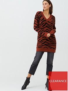 v-by-very-zebra-jacquard-longline-jumper-rust