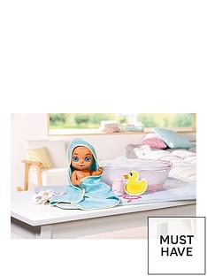 baby-born-surprise-bathtub-surprise