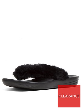 fitflop-fitflop-iqushion-fluffy-flip-flops-slipper