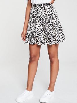 oasis-dalmatian-flippy-skirt-mono