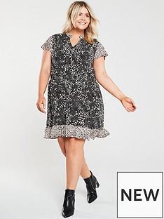 33f02bfc9adb9 Plus Size Clothing   Plus Size Fashion   Very.c.uk