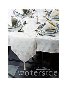 waterside-reindeer-jacquard-table-linen-set