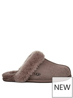ugg-scuffette-slippers-brown