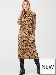 v-by-very-printed-plisse-midi-dress-animal