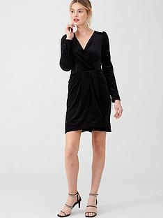 v-by-very-textured-velvet-wrap-dressnbsp--black