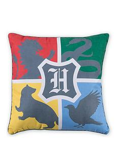 harry-potter-alumni-square-cushion