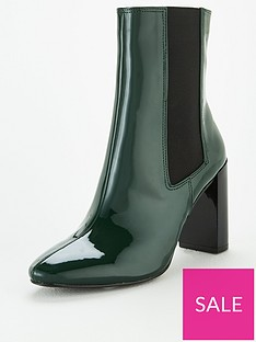 michelle-keegan-daffy-heeled-chelsea-boots-green