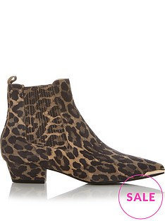 sofie-schnoor-leopard-print-ankle-boots-leopard