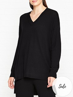 gestuz-thelma-oversized-jumper-black