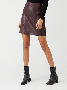 warehouse-seamed-detail-pu-a-line-mini-skirt-burgundy