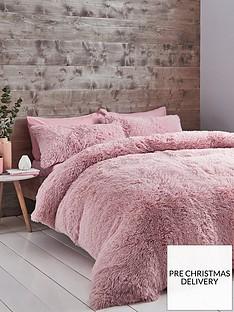 catherine-lansfield-cuddly-faux-fur-duvet-cover-set