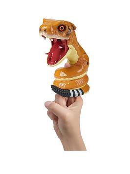 wowwee-untamed-snake-rattle