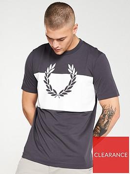 fred-perry-split-laurel-wreath-t-shirt-gunmetalwhite