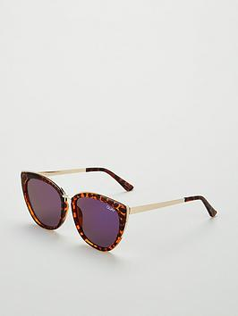 quay-australia-honey-cat-eye-sunglasses