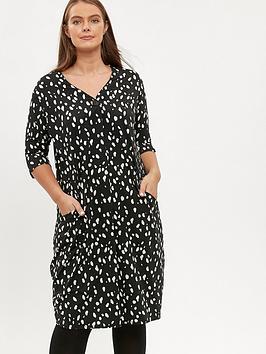 evans-smudge-print-pocket-dress-black