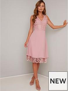 chi-chi-london-chi-chi-london-lauria-lace-v-neck-top-midi-dress