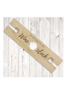 the-personalised-memento-company-personalised-wine-oclock-wine-butler