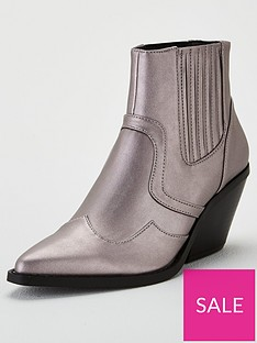 michelle-keegan-michelle-keegan-matilda-metallic-western-boot