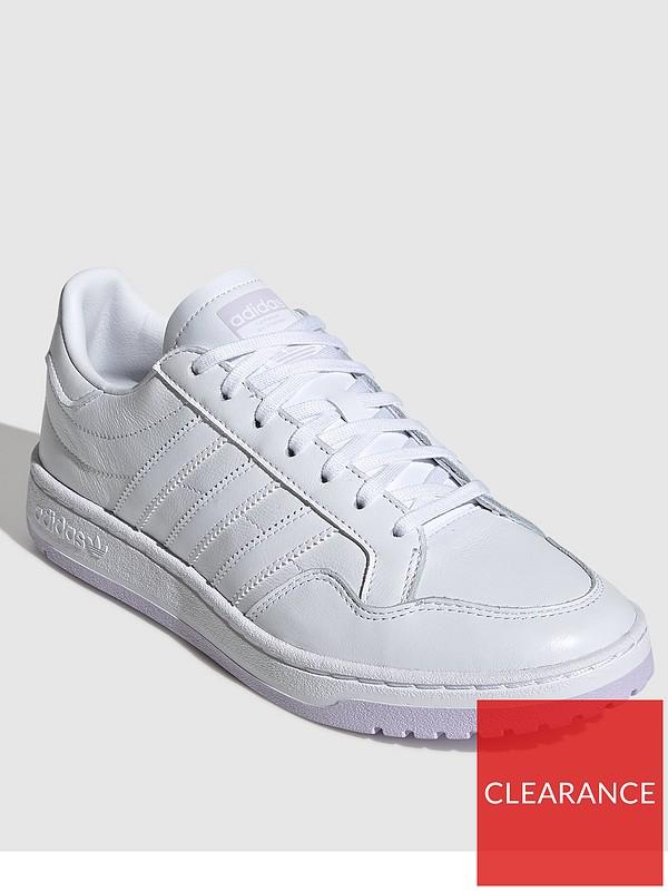 adidas modern court