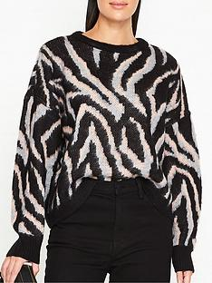 gestuz-lorena-zebra-print-jumper-black