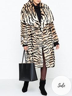jakke-beatrice-tiger-print-oversize-collar-faux-fur-coat-brown