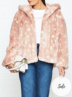 jakke-daisy-bambi-print-hooded-faux-fur-jacket-pink