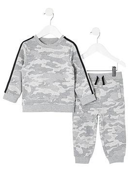 river-island-mini-mini-boys-camo-sweatshirt-jog-set
