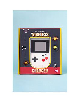 retro-gamer-wireless-charger
