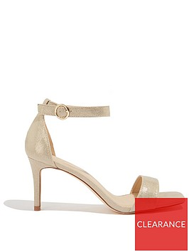 oasis-estella-going-out-heel