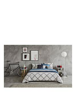 tommy-hilfiger-cozy-chic-duvet-cover