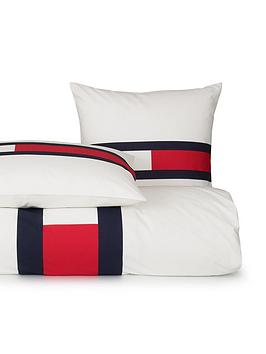 tommy-jeans-flag-duvet-cover-set