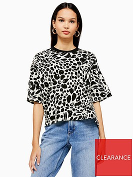 topshop-topshop-petite-cheetah-boxy-tee-monochrome