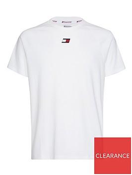 tommy-hilfiger-chest-logo-t-shirt-whitenbsp