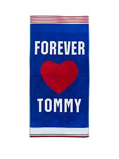 tommy-hilfiger-forever-beach-towel