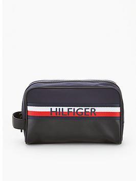 tommy-hilfiger-urban-mix-washbag-navy