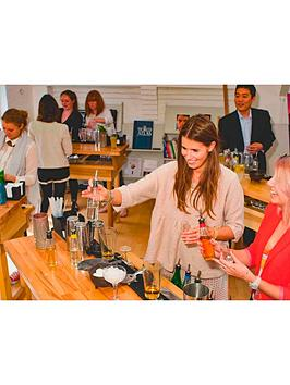virgin-experience-days-interactive-cocktail-making-masterclass-for-two-at-tt-liquor