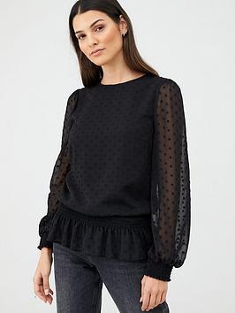 v-by-very-shirred-hem-printed-blouson-blouse-black