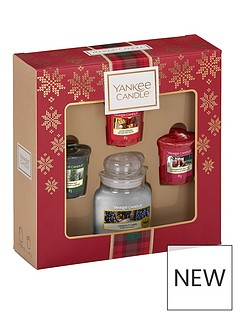 yankee-candle-3-votive-and-small-jar-candle-christmas-gift-set