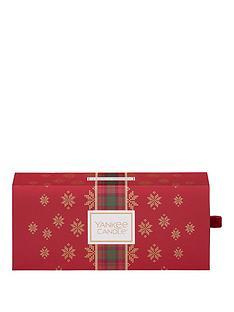 yankee-candle-3-small-jar-candle-christmas-gift-set