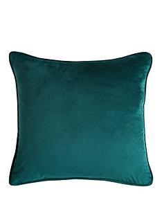 velour-cushion-filled