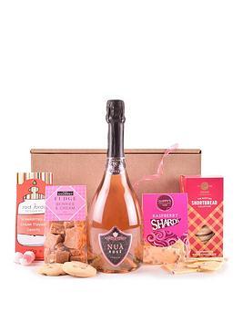 pink-fizz-treats-gift-hamper