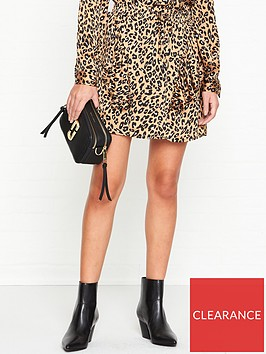 sofie-schnoor-sille-leopard-print-ruffled-mini-skirt-multi