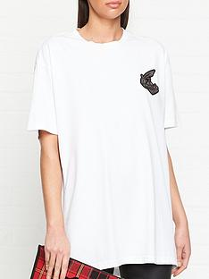 vivienne-westwood-anglomania-boxy-fit-orb-patch-t-shirt-white