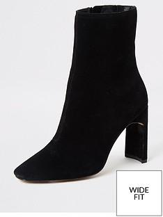 river-island-river-island-wide-fit-suede-block-heel-boot-black