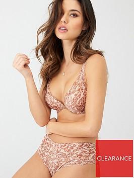 wonderbra-refined-glamour-triangle-bra-animal