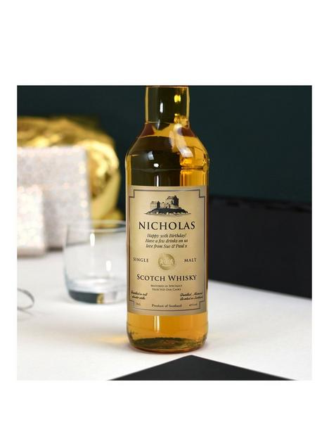 signature-gifts-personalised-malt-whisky-in-gift-box