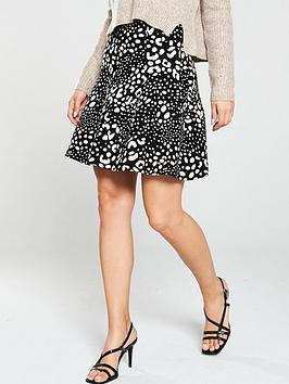 oasis-leila-animal-flippy-skirt-mono